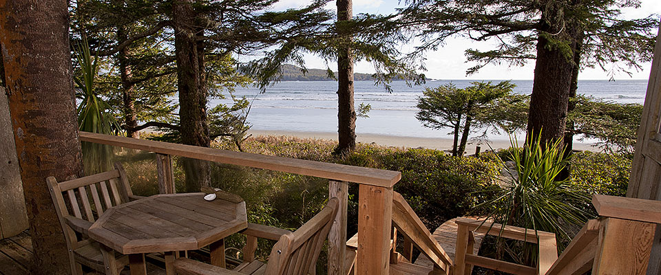 rooms   rates tofino bc accommodation ocean breeze